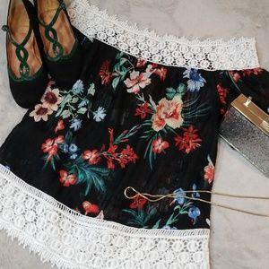 Love j size small decorative white lace